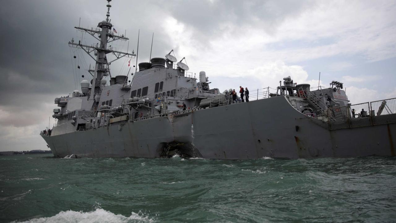 Mergulhadores encontram vestígios de marinheiros desaparecidos
