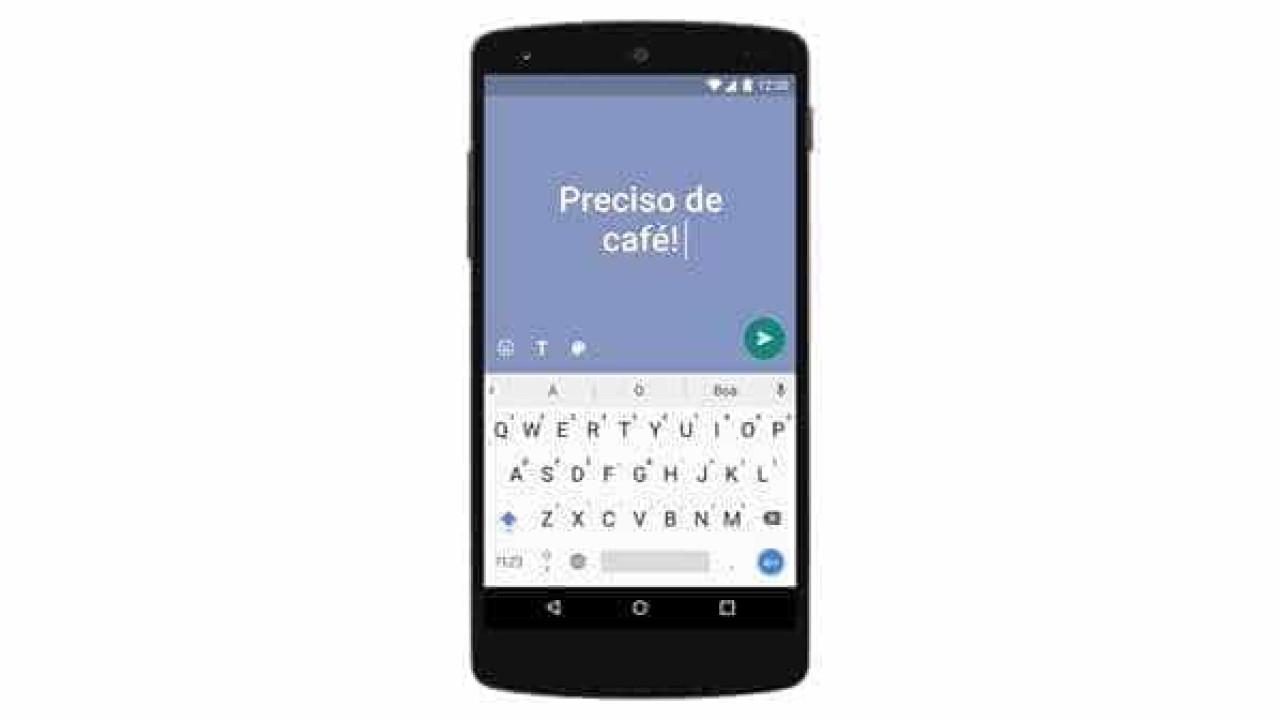 WhatsApp possibilita enviar mensagens apenas com texto e fundo colorido