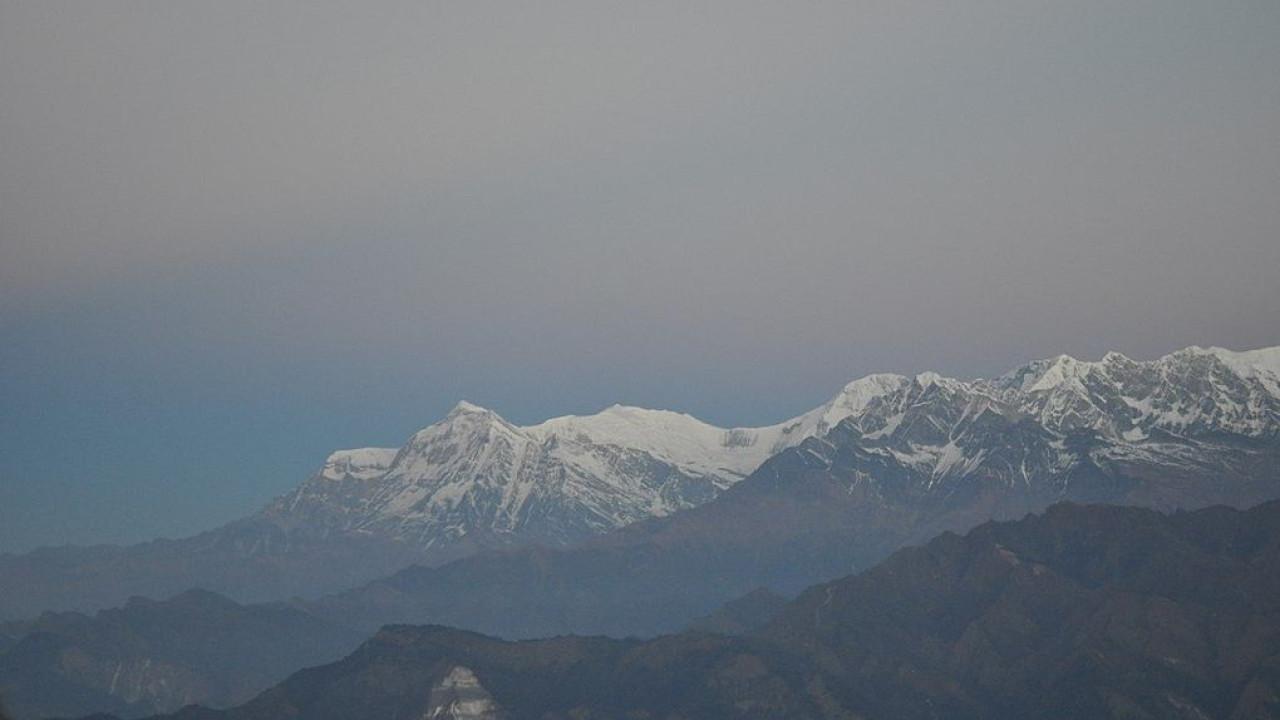 Avalanche no Himalaia deixa ao menos 3 mortos