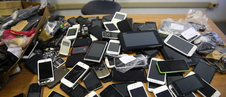 Mais de dois celulares são roubados por hora no RJ