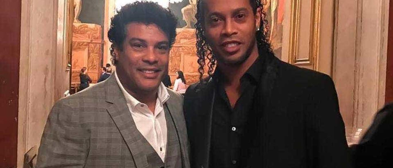 Ronaldinho avisa que pode não voltar a jogar