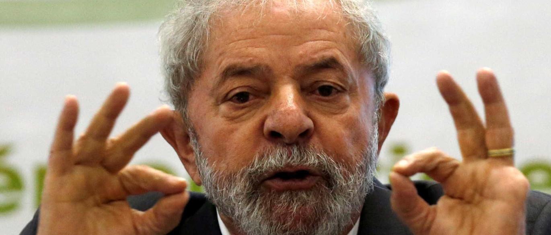 'A hora que Moro marcar, estarei em Curitiba', diz Lula