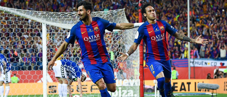 Neymar marca, Barça vence o Alavés e conquista a Copa do Rei