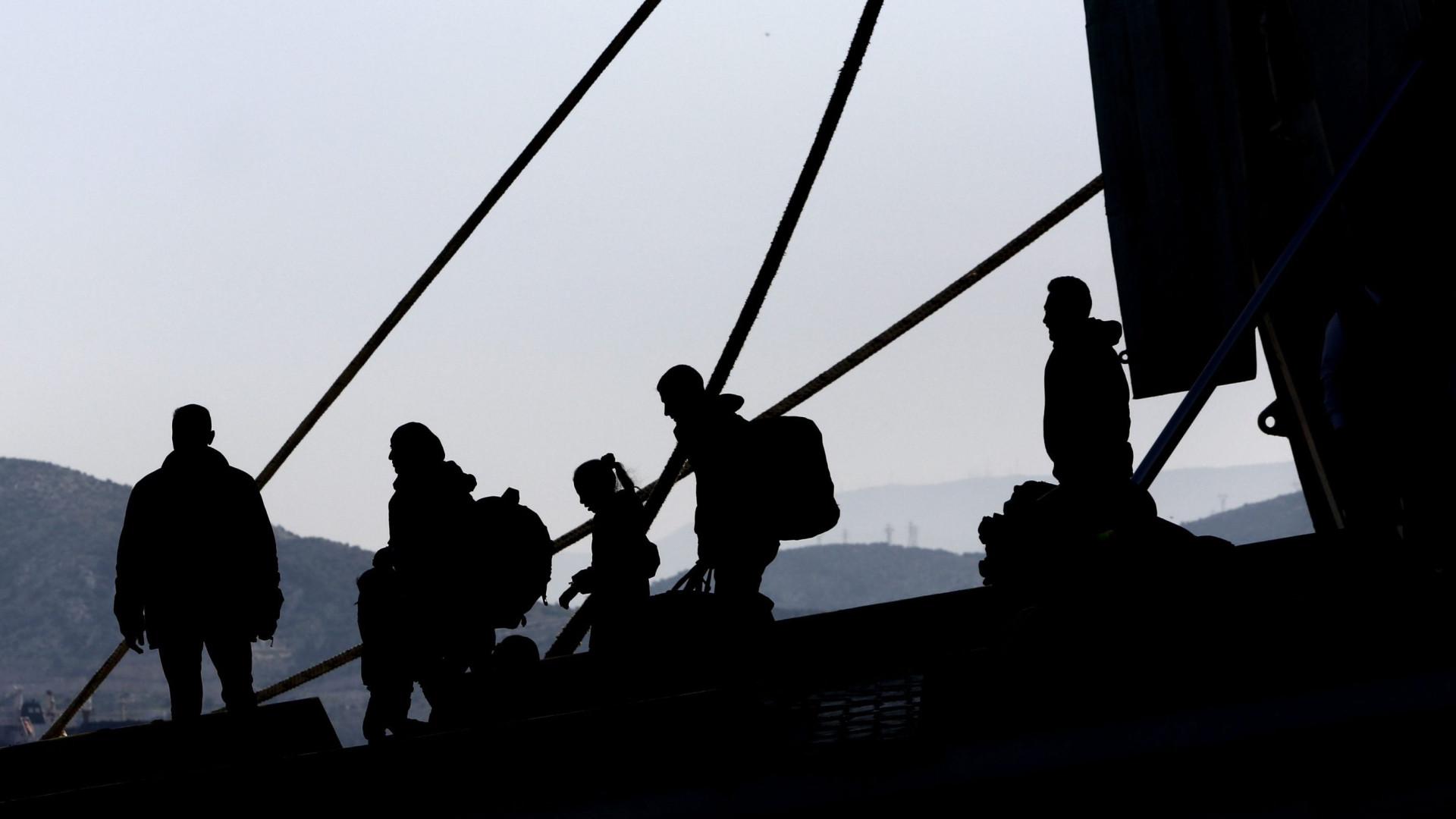 Ao menos 2,5 milhões de pessoas recorreram a traficantes para migrarem