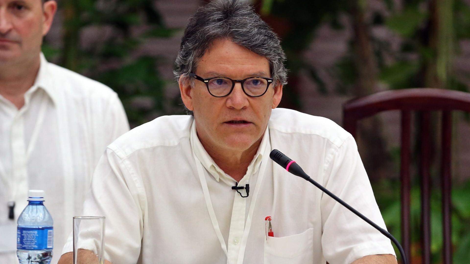Governo da Colômbia insiste em novo cessar-fogo bilateral com guerrilha