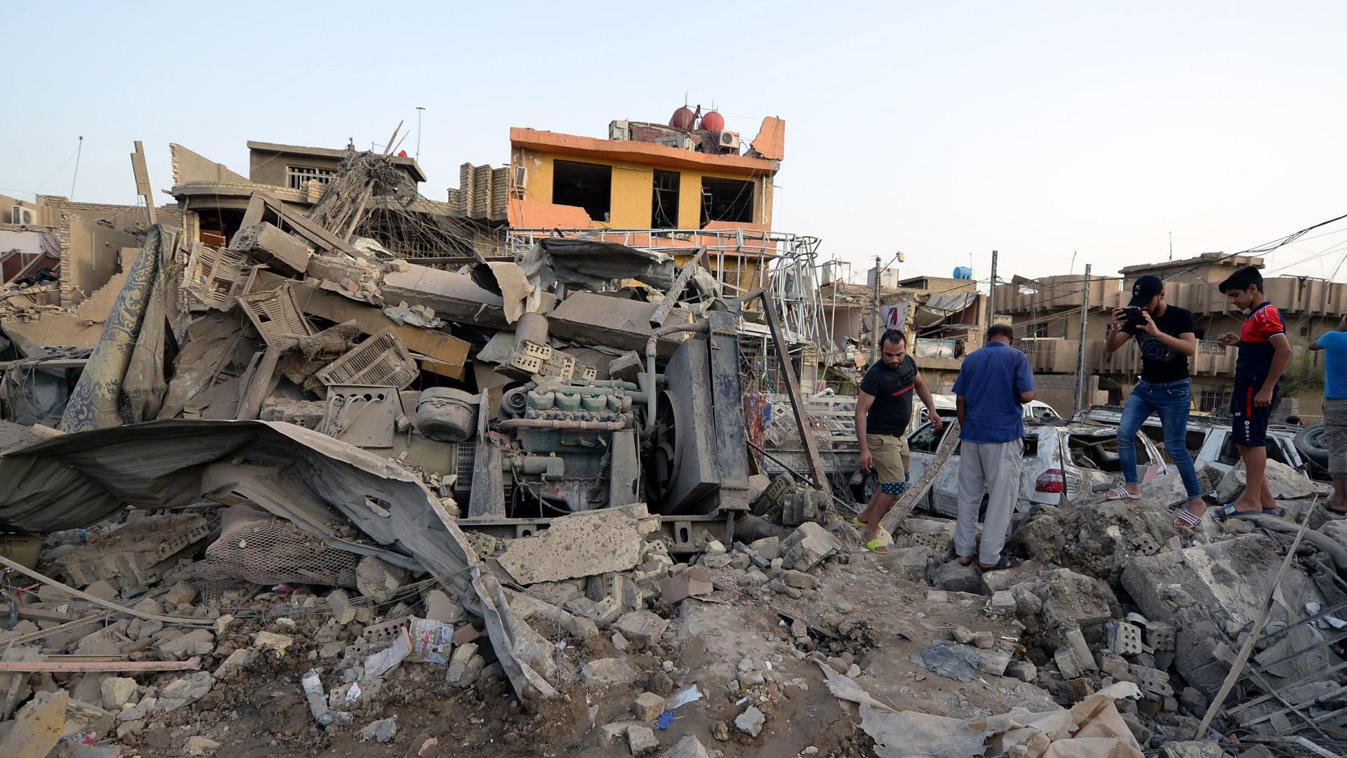 Explosão deixa 12 mortos e mais de 30 feridos em Cabul