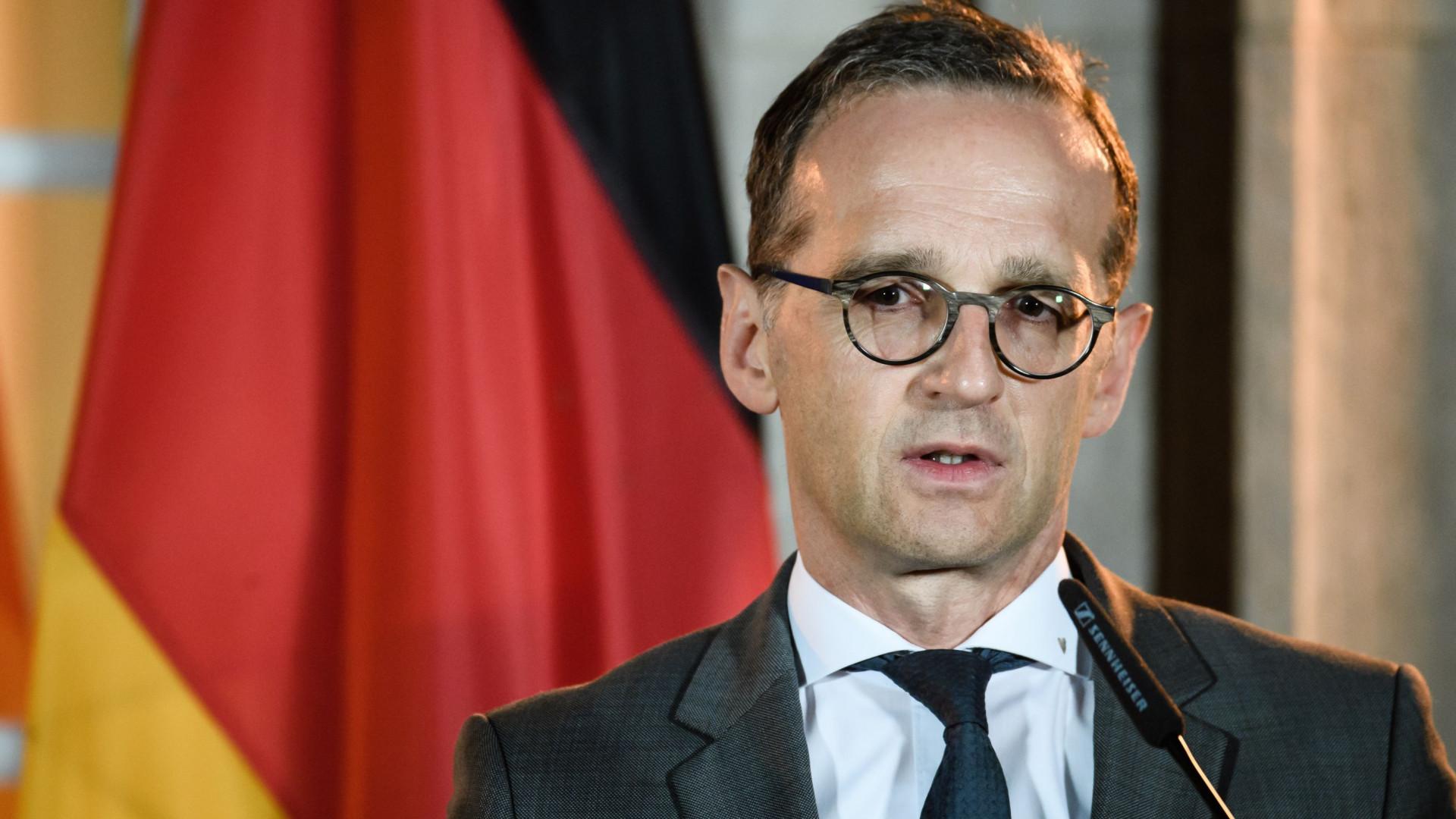 Ministro alemão diz que União Europeia deve reajustar relação com EUA