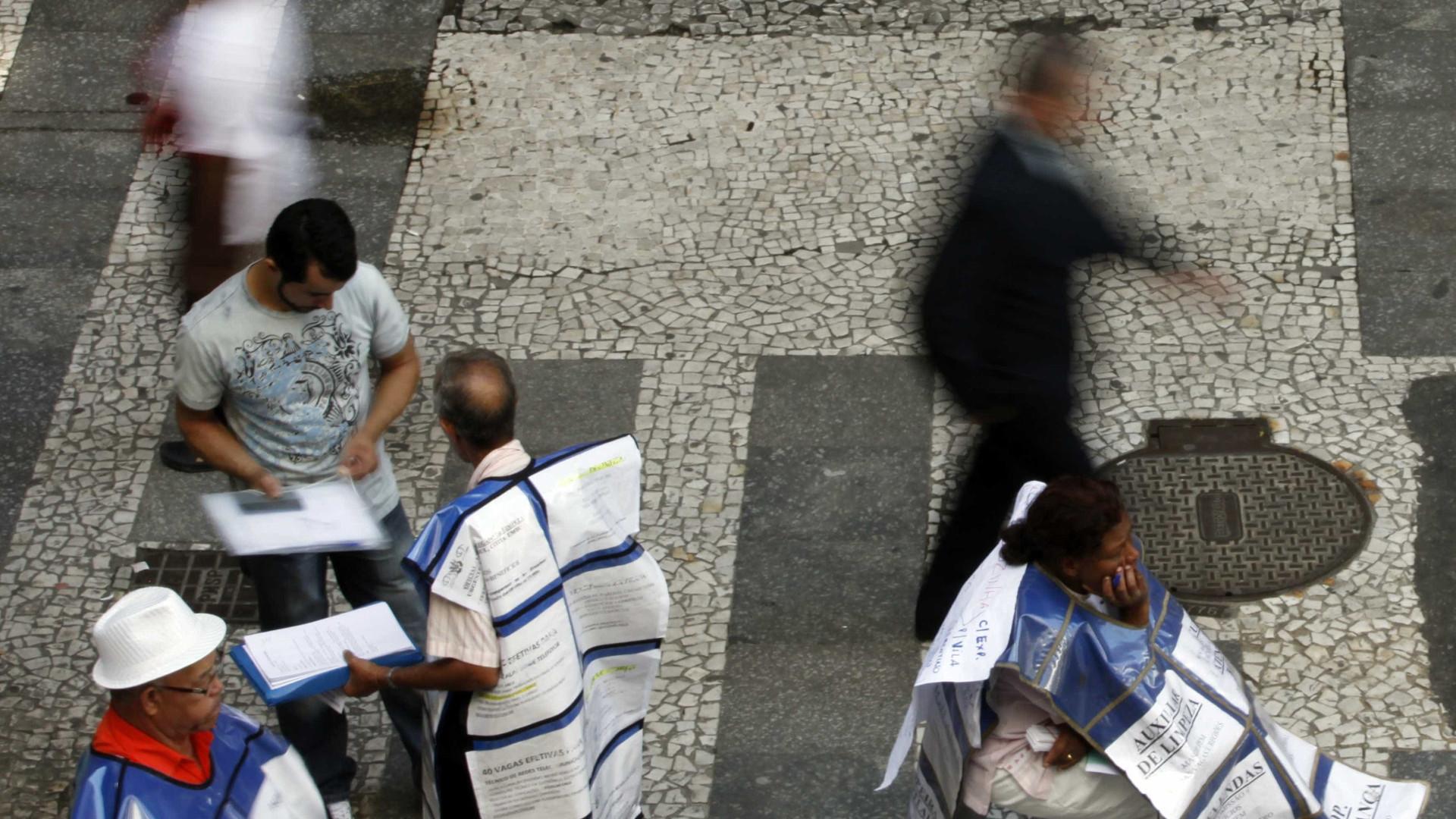 Em 5 anos, dobra o número de pessoas que desistem de procurar emprego