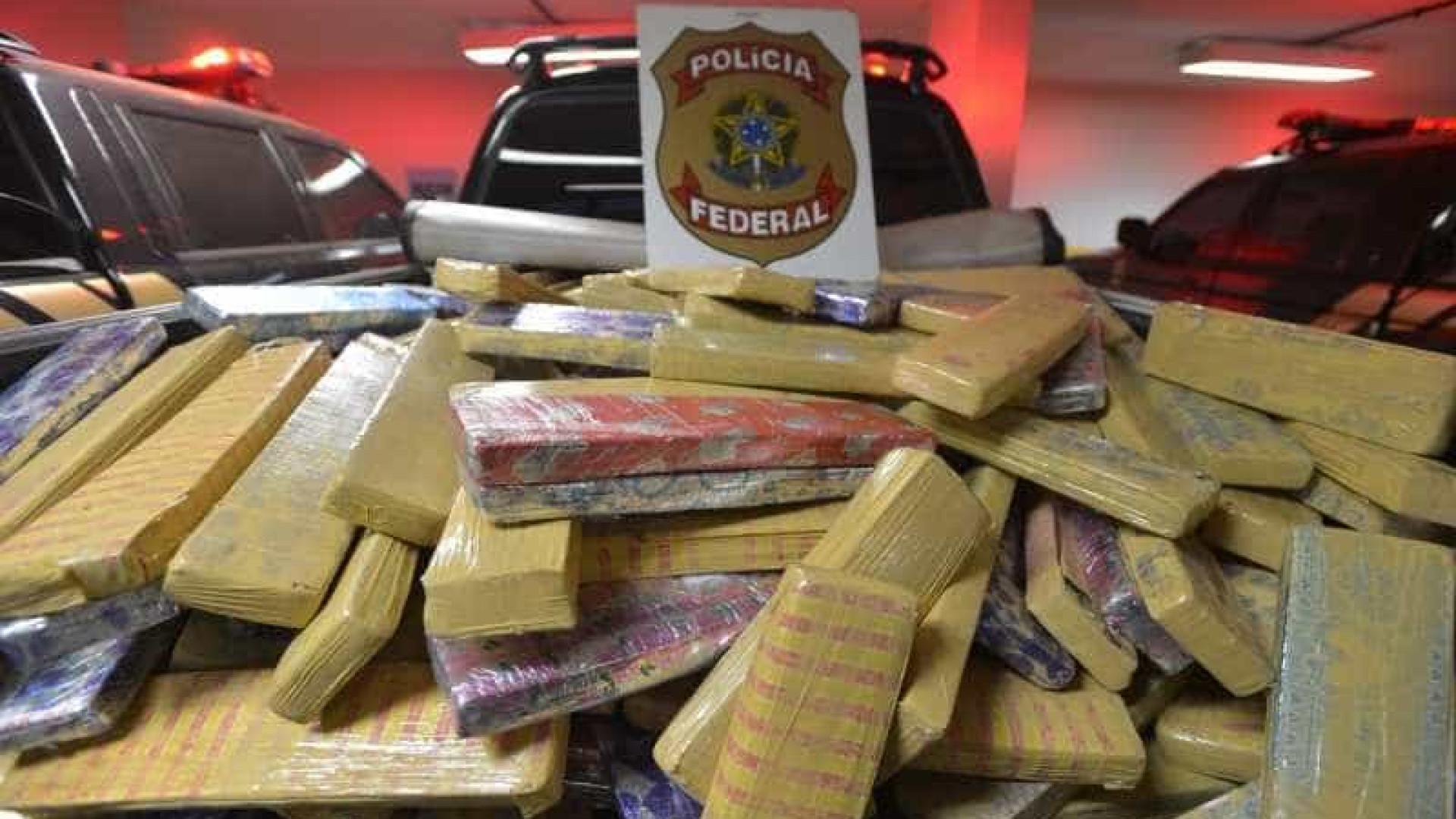 Polícia Federal apreende 5 toneladas de maconha em Goiás