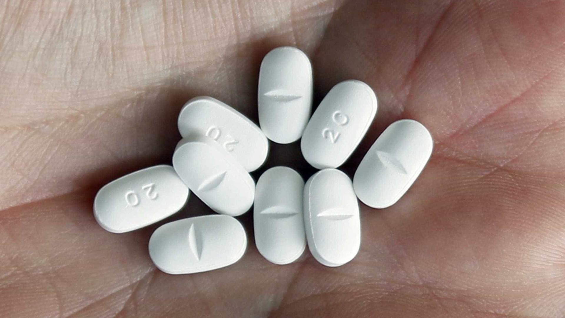 Ibuprofeno em excesso pode levar à impotência e prejudicar coração