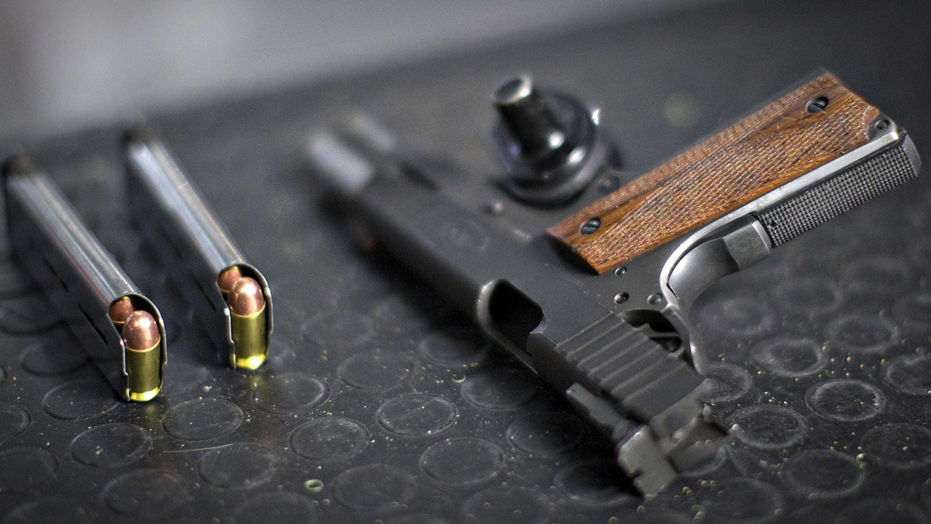 Jovem é baleado após sair de casa noturna em Campo Grande