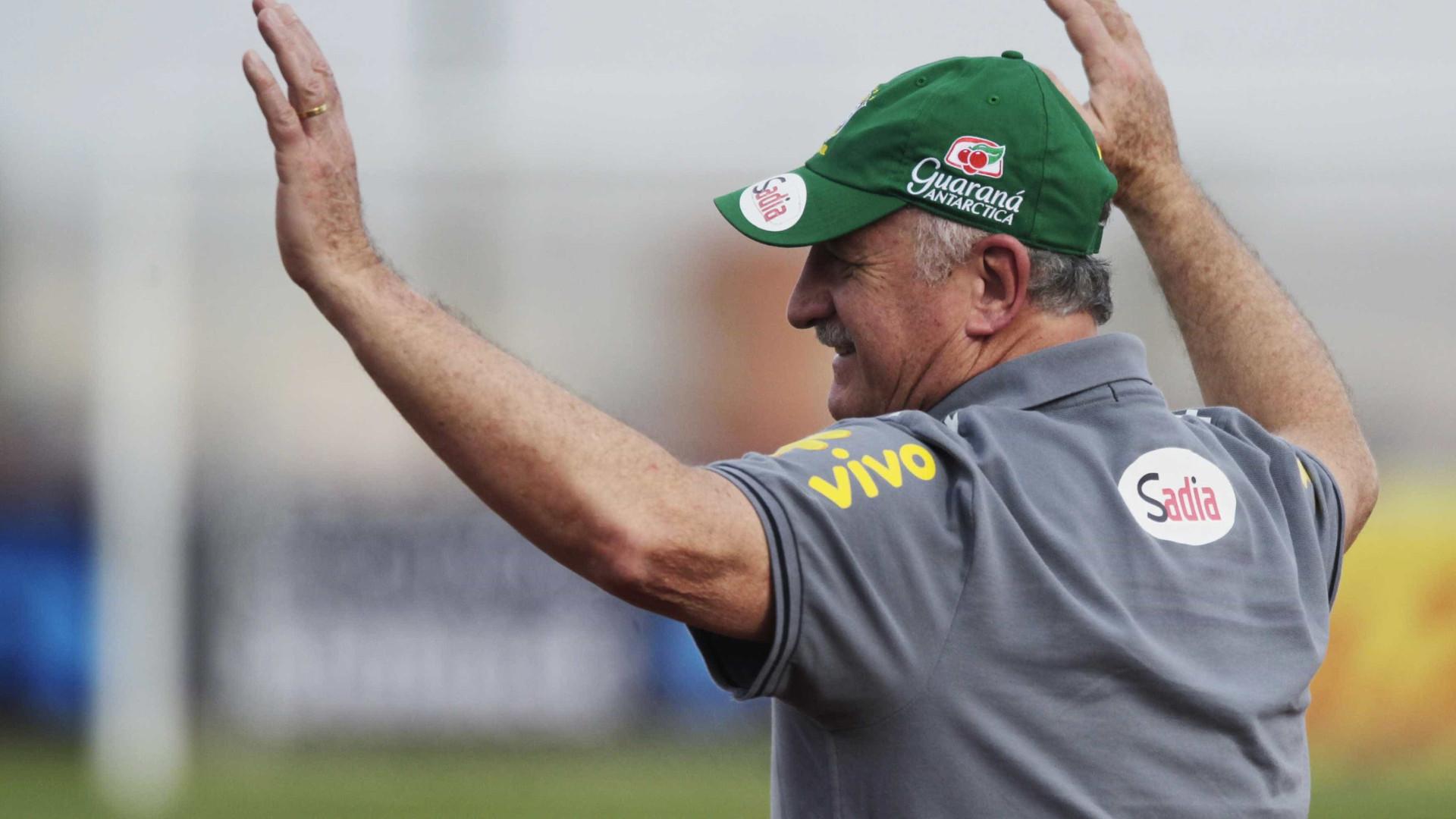 Felipão evita polemizar sobre ida de Dudu para seleção brasileira