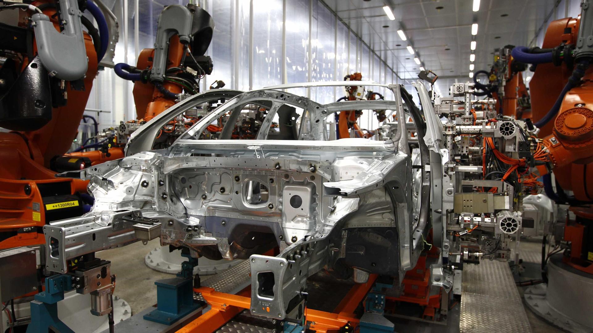 Produção de veículos tem alta de 25% até agosto