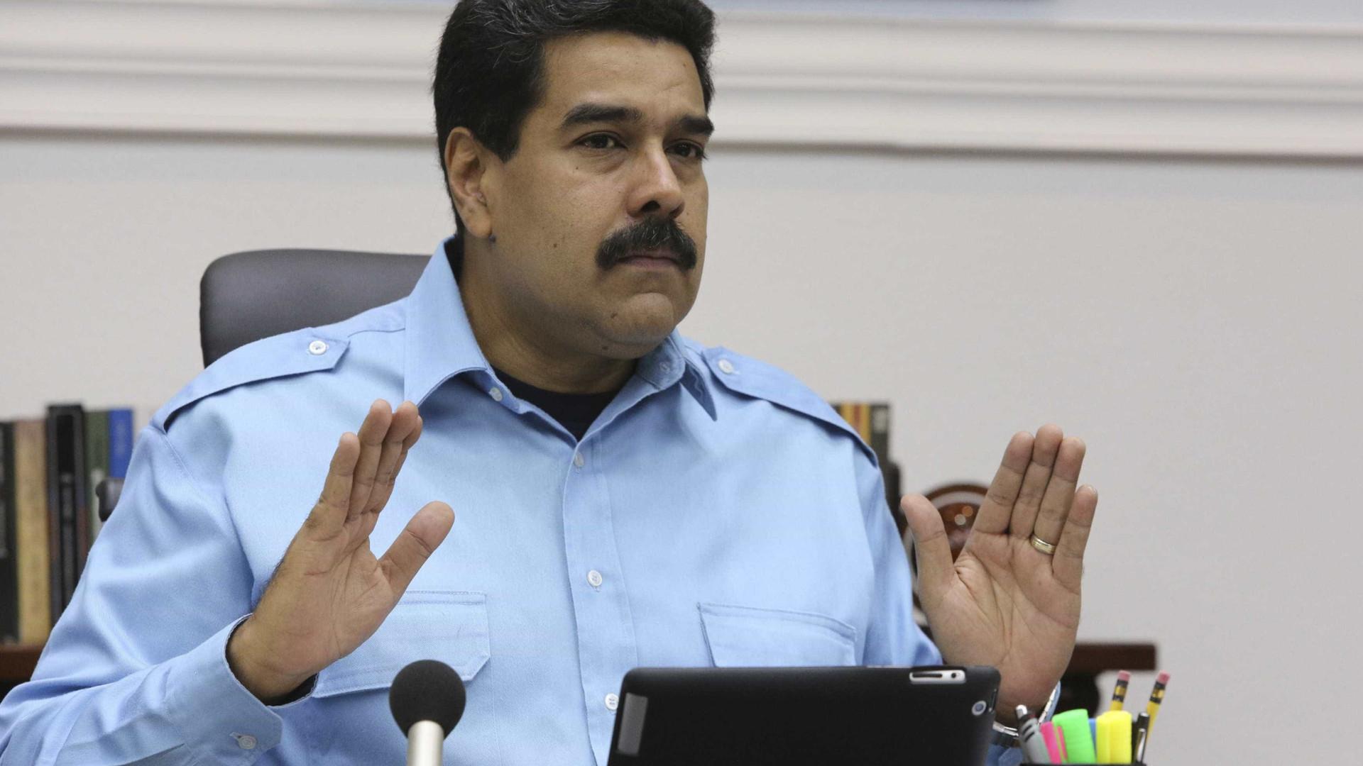 EUA e UE ameaçam impor sanções a Maduro se Constituinte for mantida