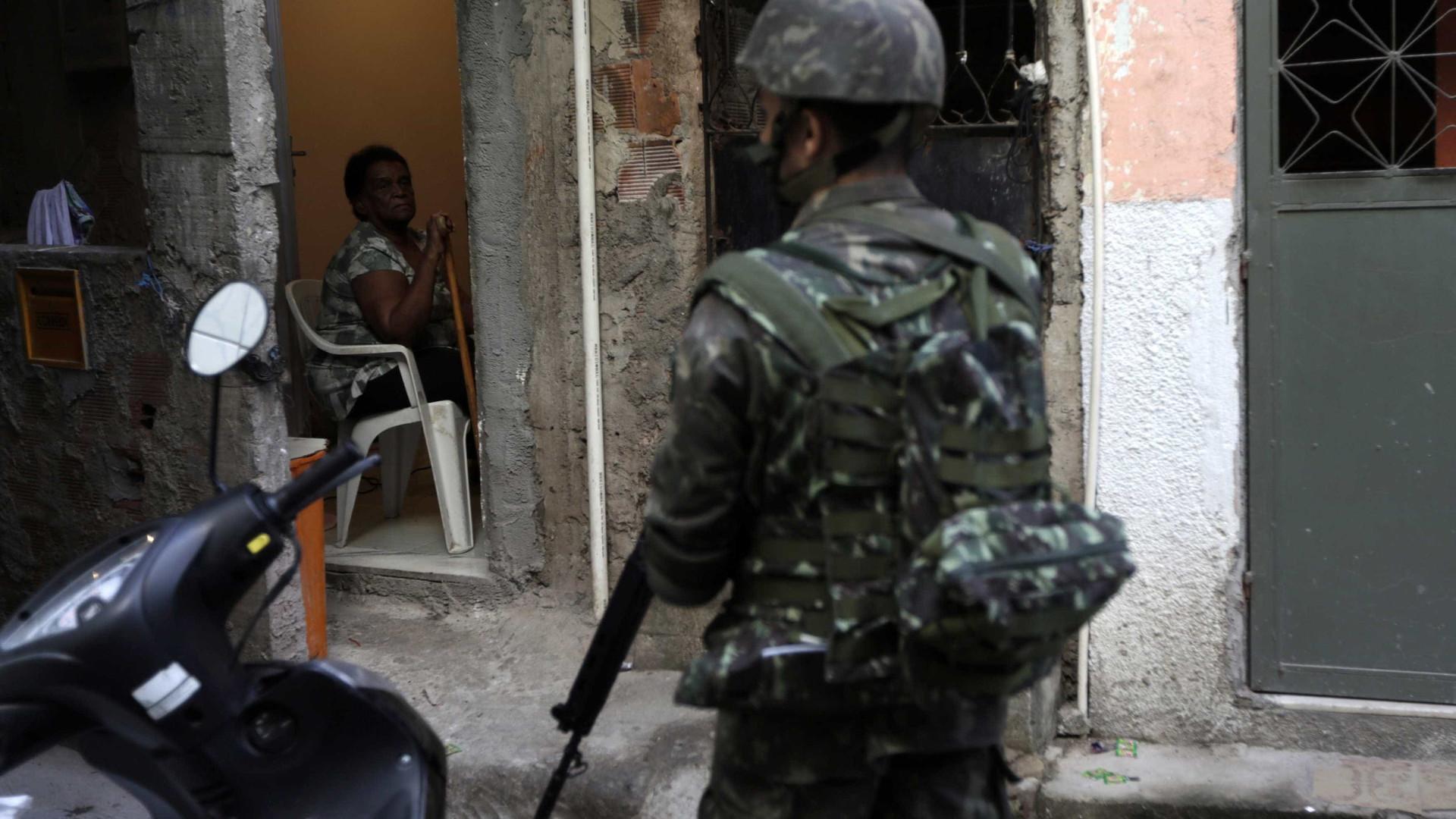PM é denunciado por matar menino de 11 anos no Rio