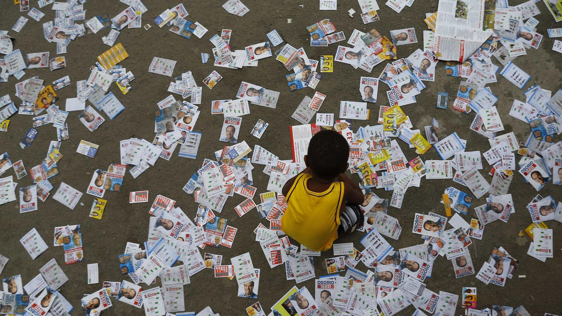 Santinhos somam 56% dos gastos com propaganda eleitoral; veja lista