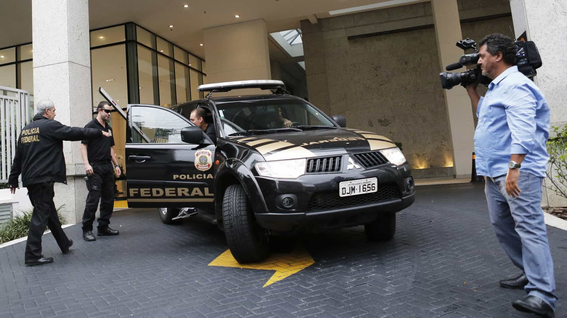 PF cumpre mandados no Rio e PE ligados à corrupção na Petrobrás