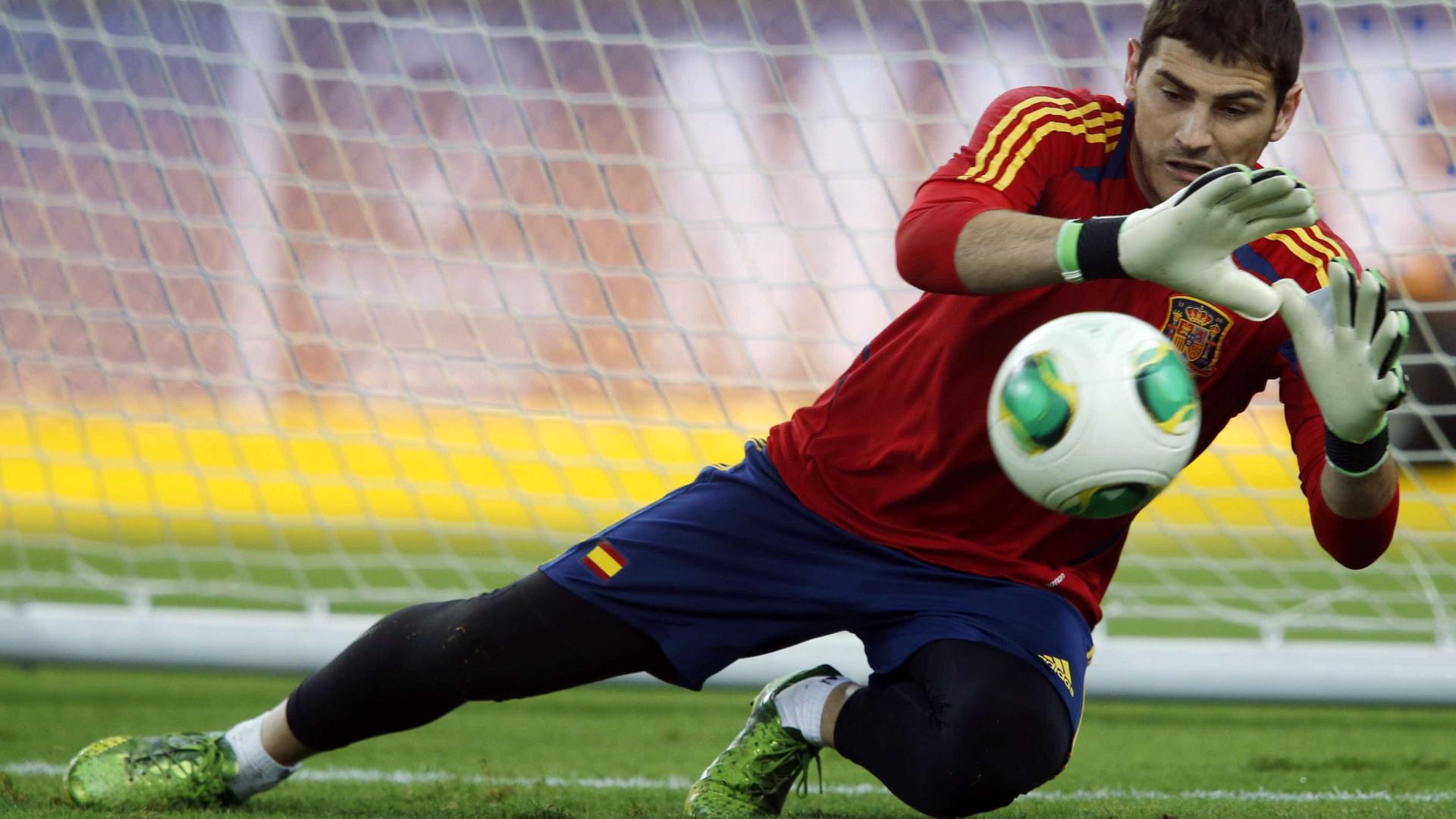 4397789a9b Notícias ao Minuto Brasil - Espanha bate Inglaterra com golaço e ...