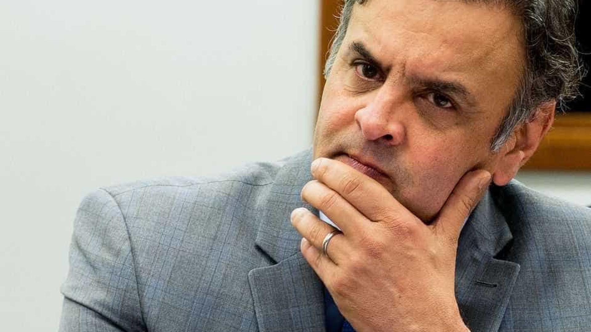 Para Aécio, há 'desmobilização' do PSDB em relação à Previdência