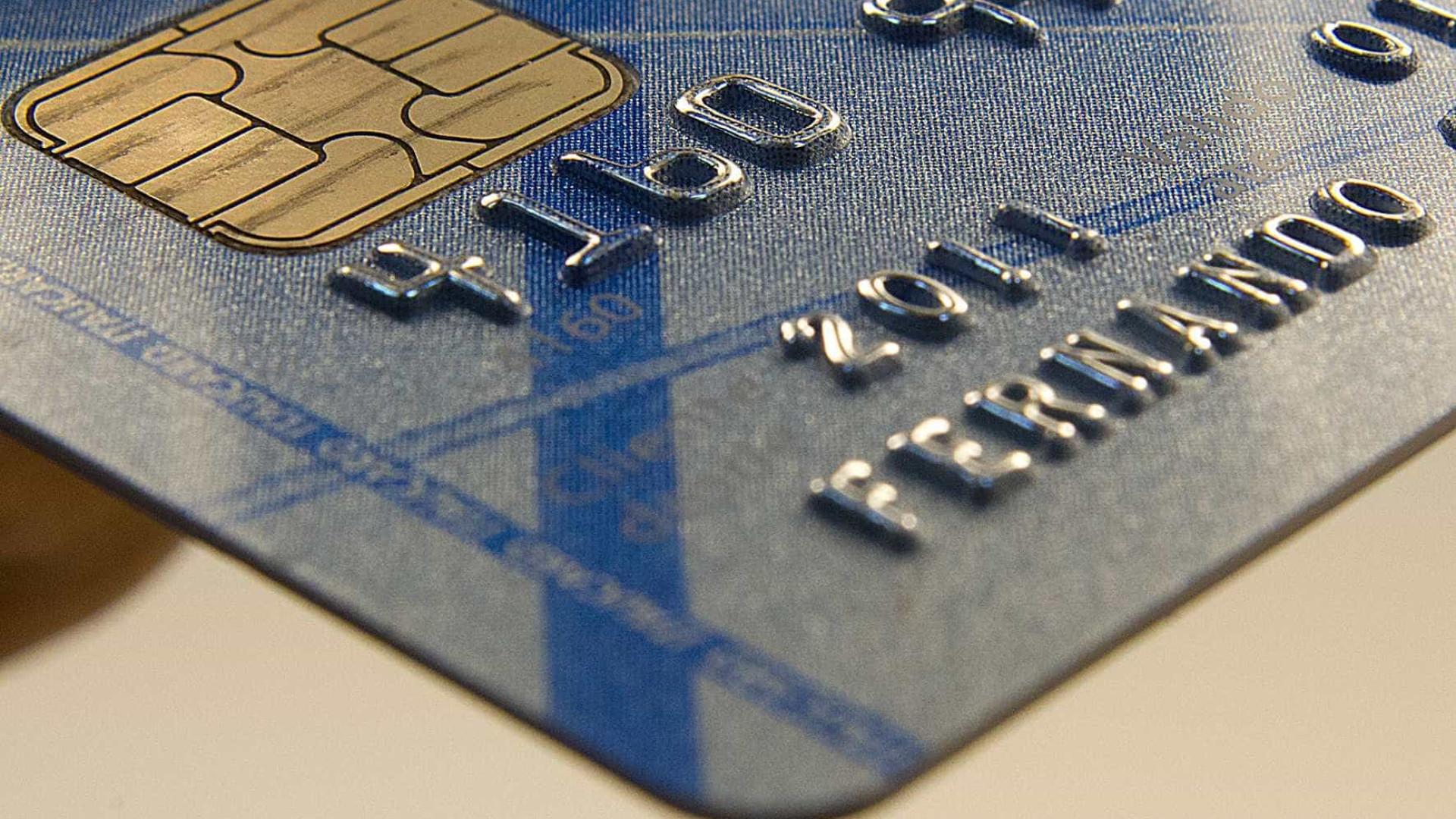 SPC: 1/3 dos consumidores não sabe quanto gasta com cartão de crédito