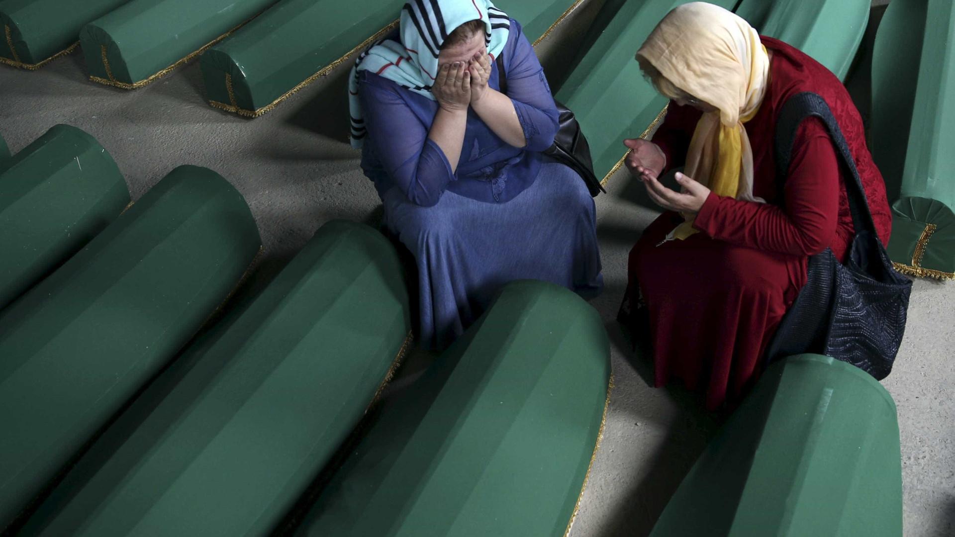 20 mil mulheres pedem justiça por abusos na guerra da Bósnia