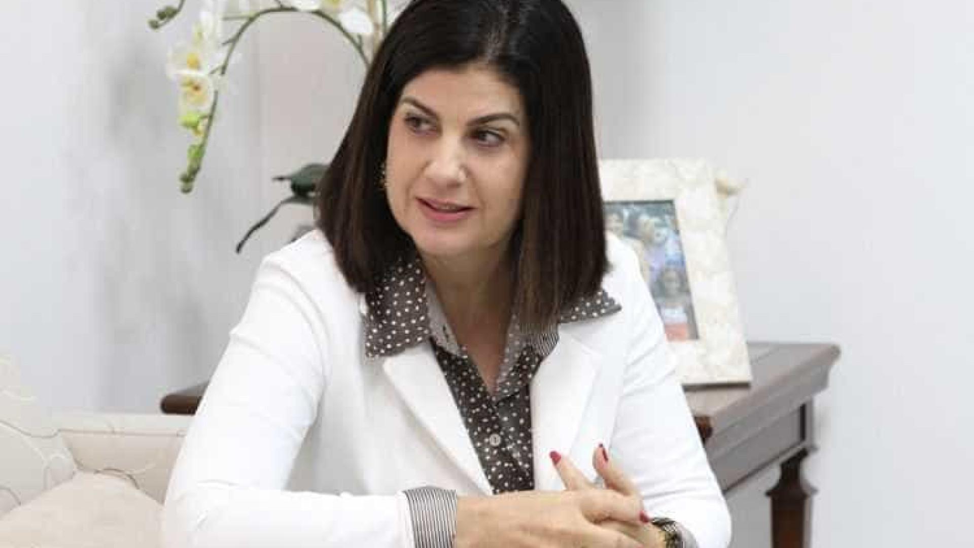 Rosinha Garotinho deixa prisão após decisão do TRE