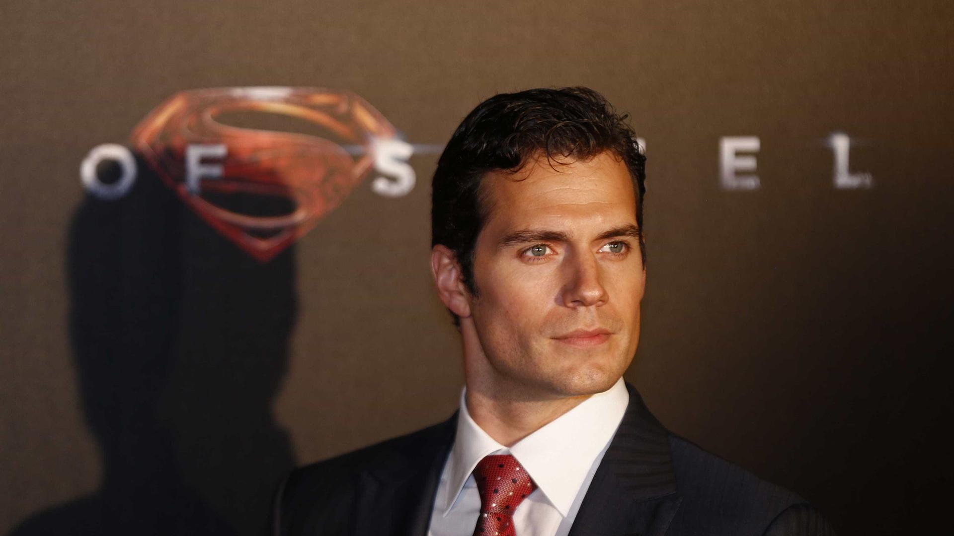 Após desavenças, Henry Cavill não irá mais interpretar Superman