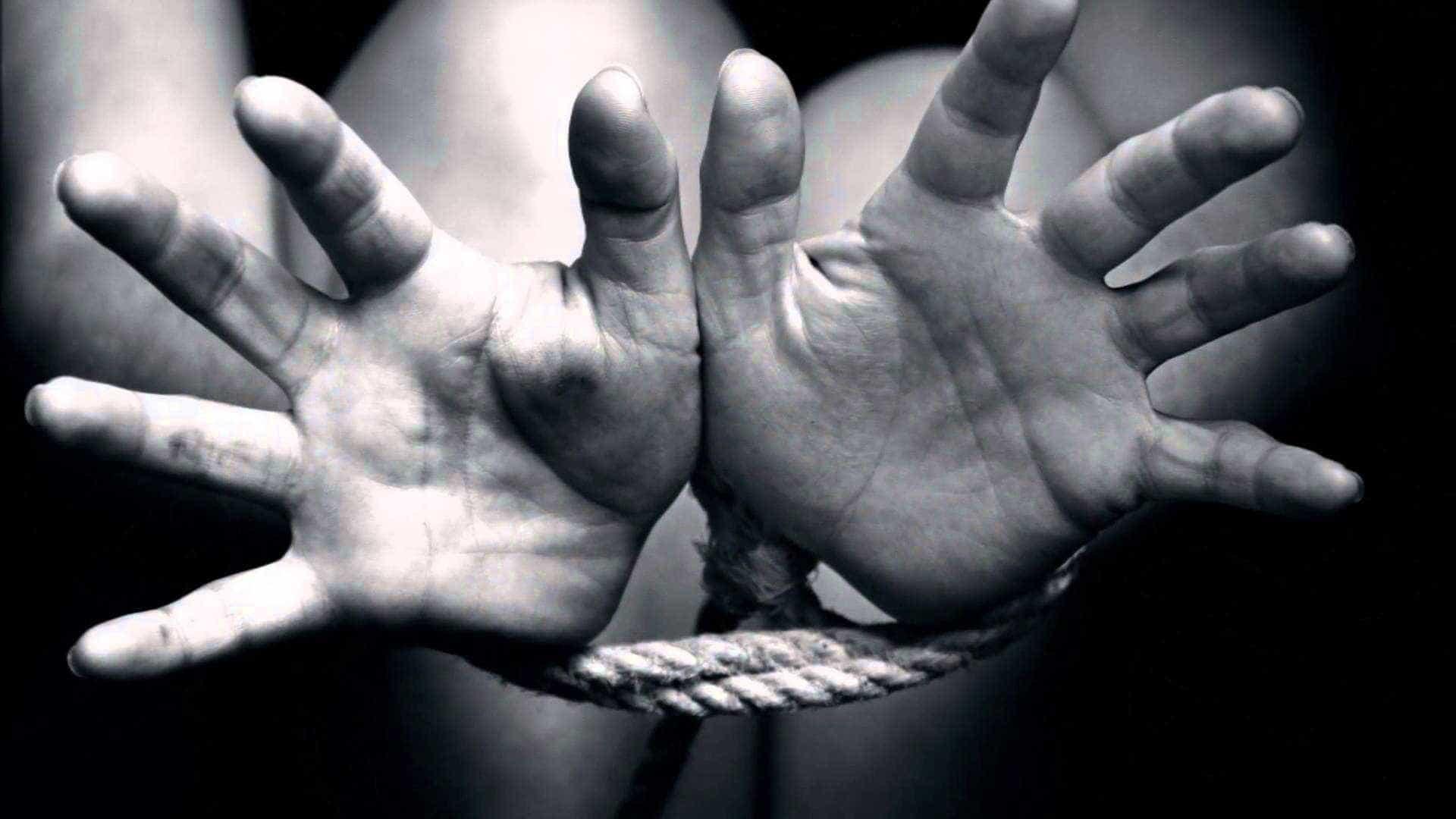 Jovem é sequestrada ao ser confundida com filha de traficante