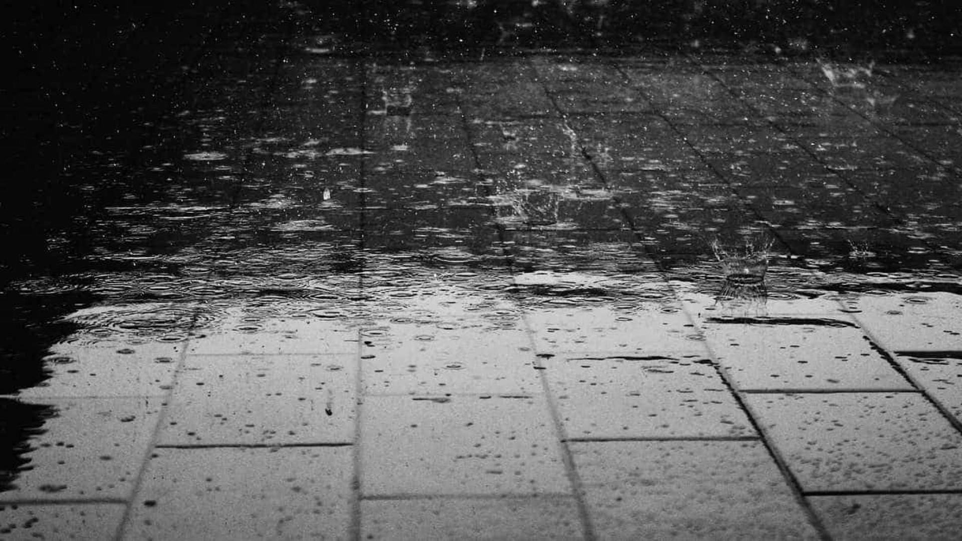 Raio causa pana no Inmet e afeta previsão do tempo