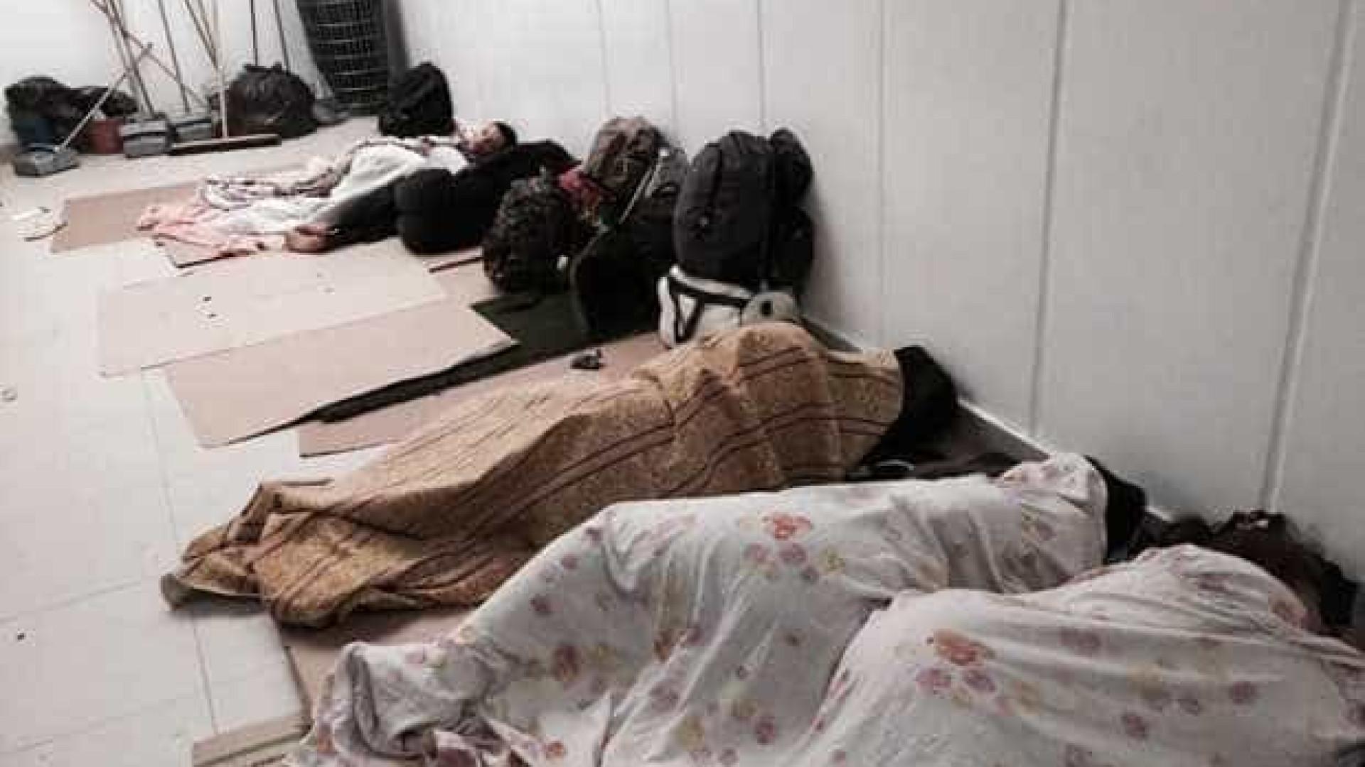 Fiscalização encontra trabalhadores do Rock in Rio dormindo em papelões