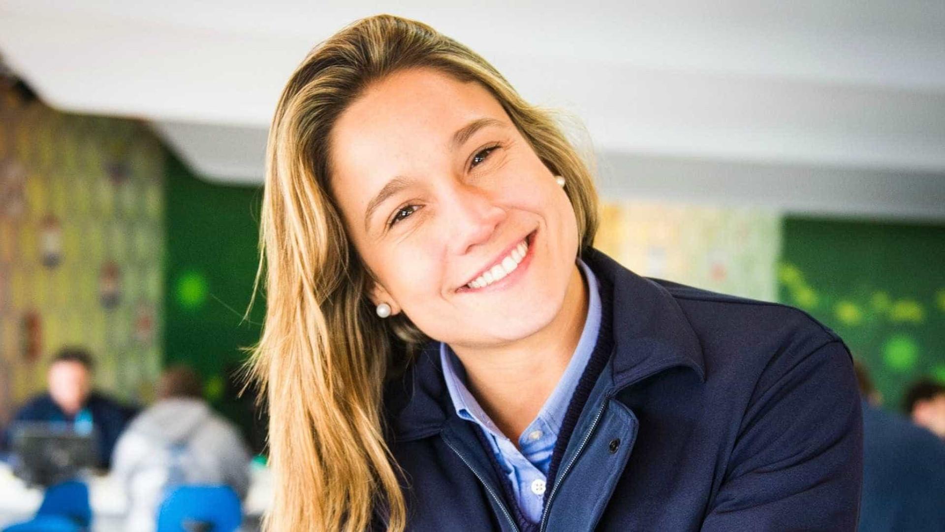 Fernanda Gentil comenta leis russas contra gays: 'Tô bem menininha'