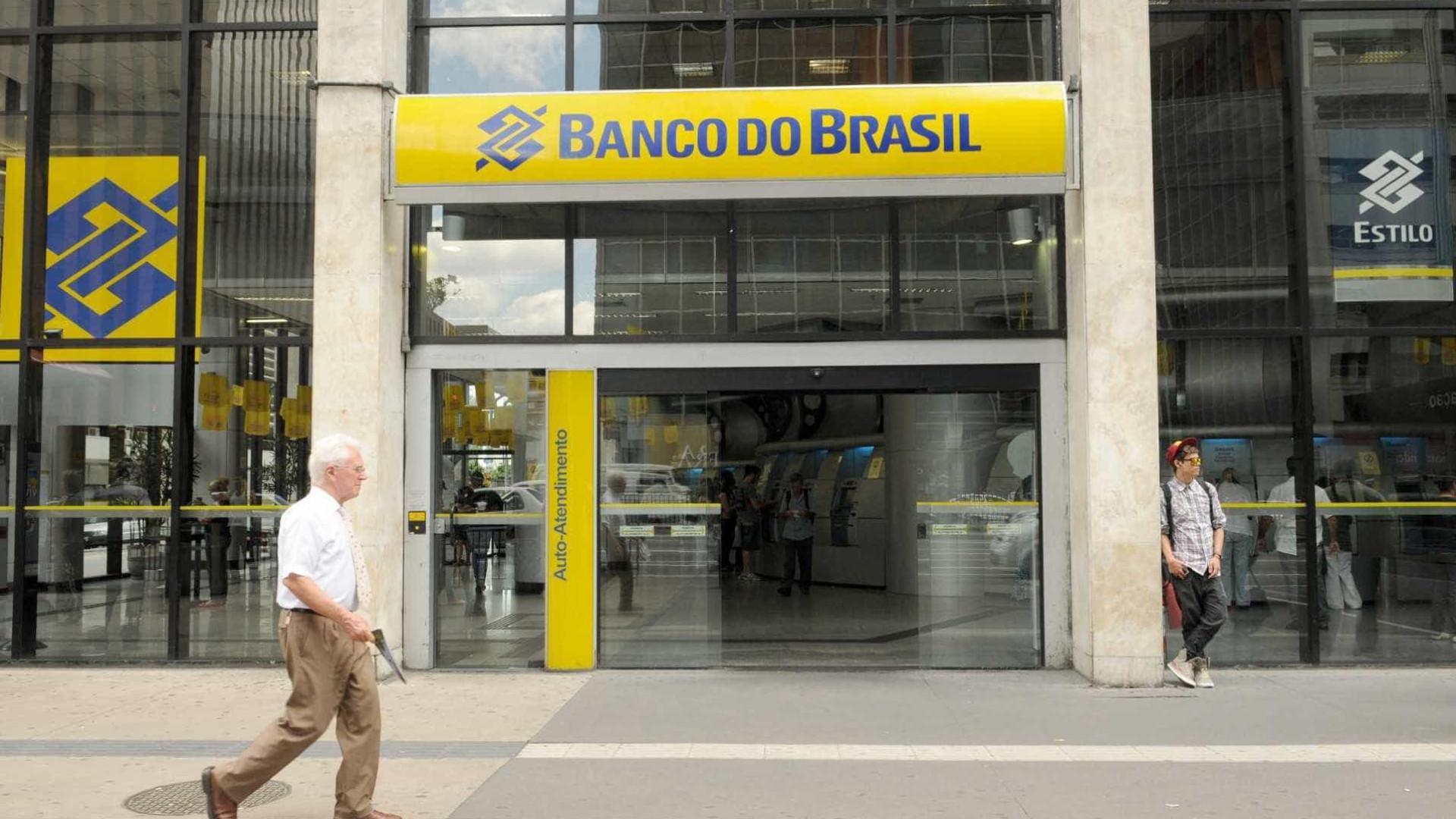 Caixa e Banco do Brasil cortam 21,2 mil empregados