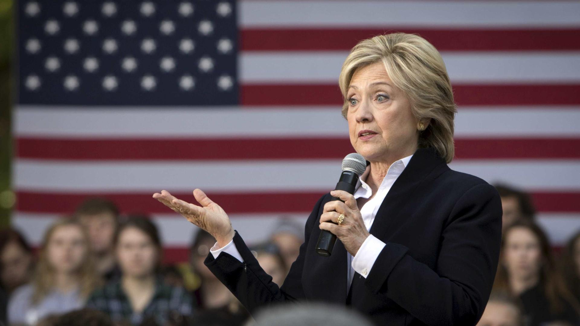 Ex-líder democrata cogitou trocar Hillary por Biden na eleição de 2016