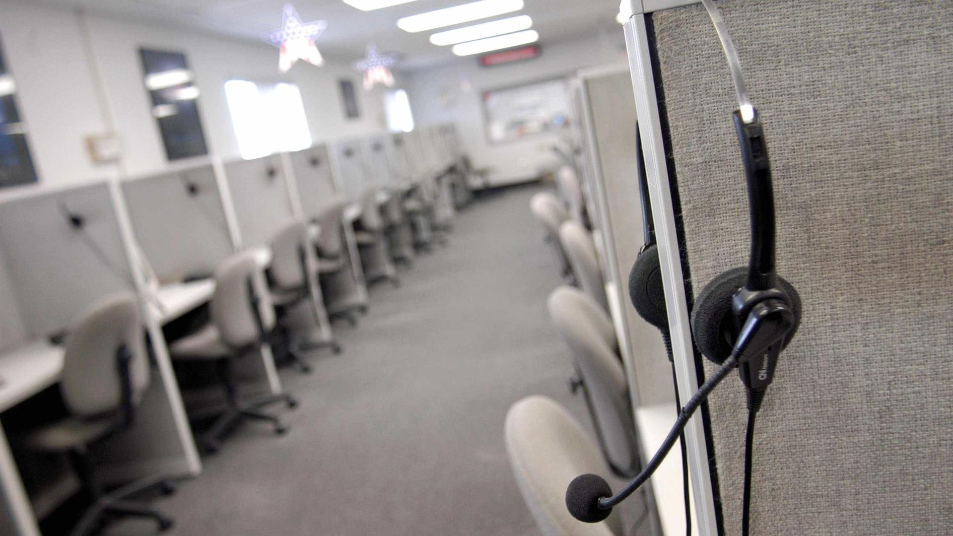 Senado aprova projeto que limita ligações de telemarketing
