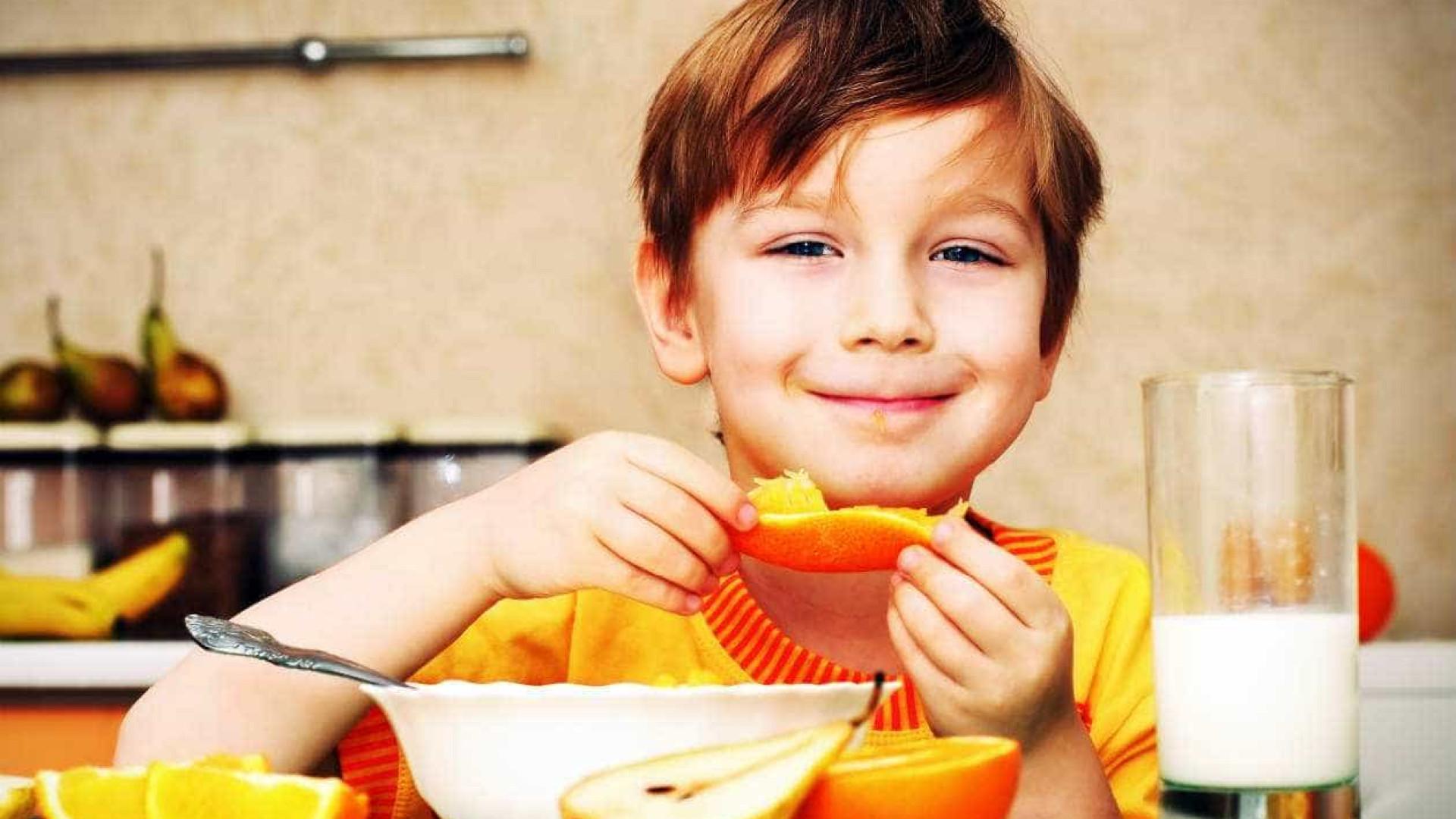 10 dicas para tornar alimentação das crianças mais saudável e atraente