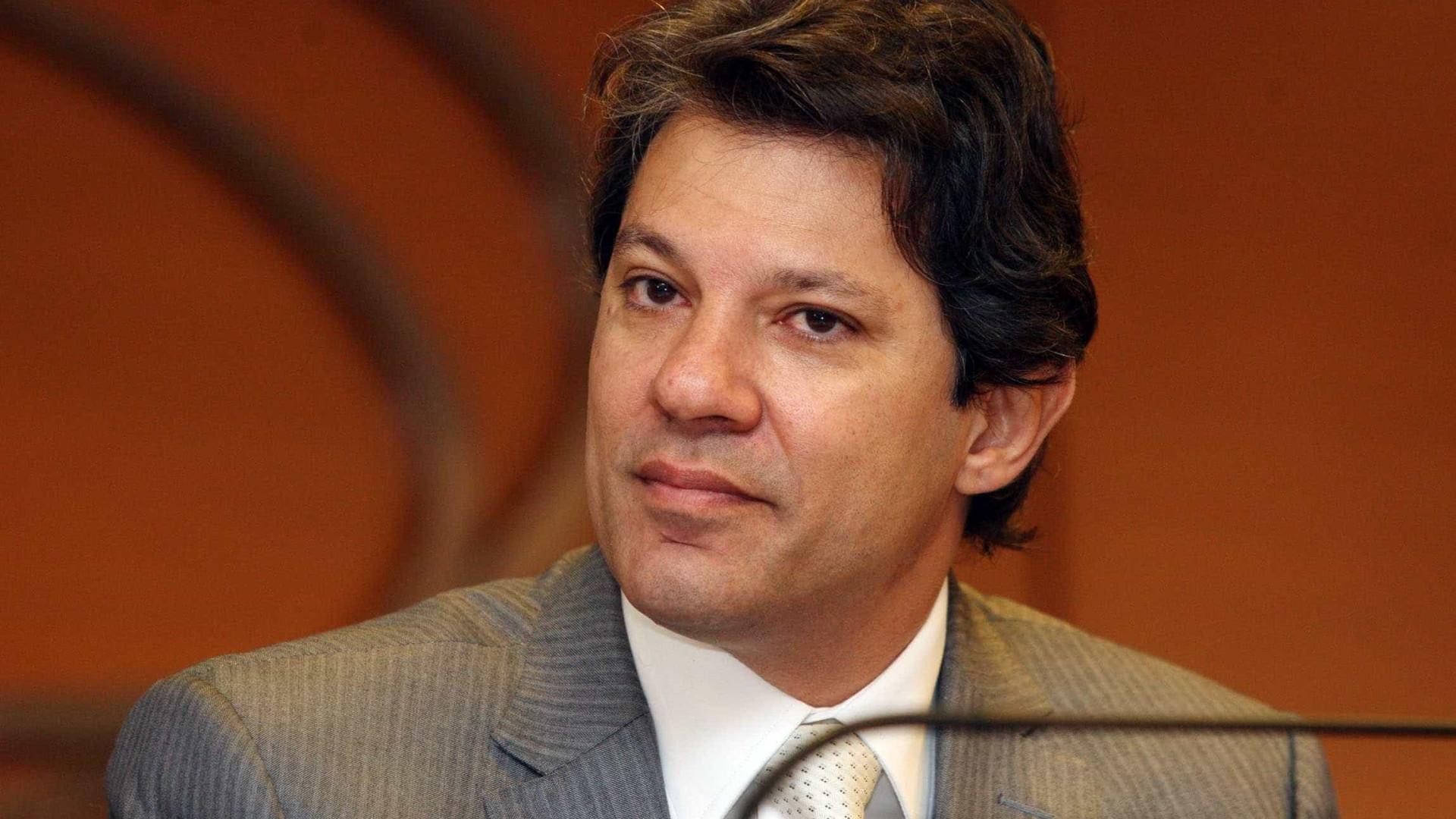 Haddad vai coordenar programa de Lula em eventual candidatura