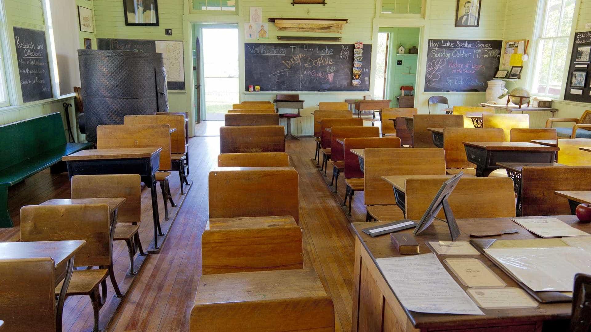 Em pouco mais de um ano, 113 escolas  do Rio são alvos de bandidos