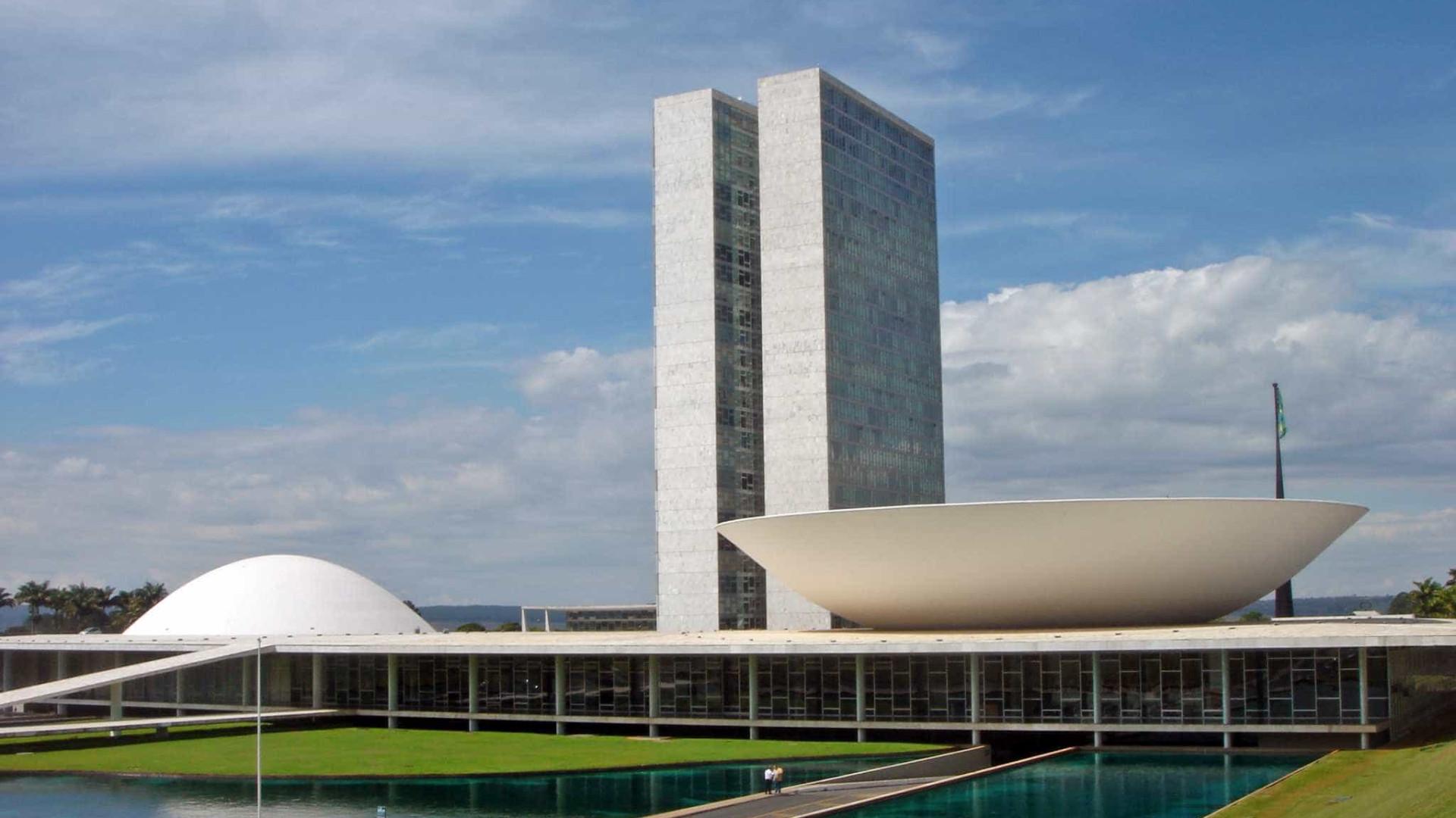 Senado e Câmara se apressam para aprovar mudanças para eleições