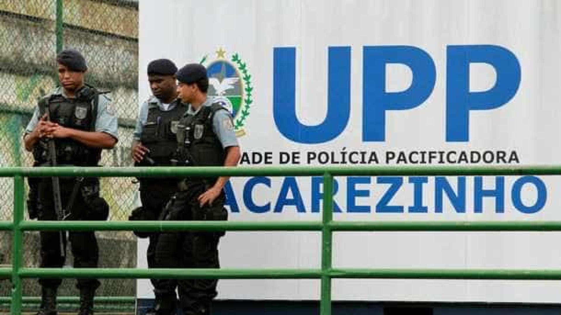 Tiroteio em favela interrompe circulação de trens em ramal do Rio