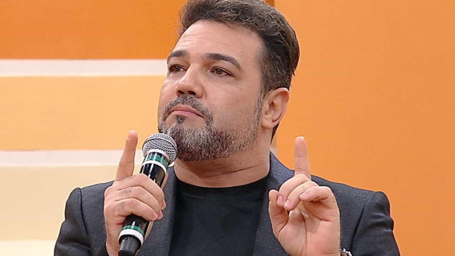 Após acusação de estupro, Anonymous  expõe 'podres' de Feliciano