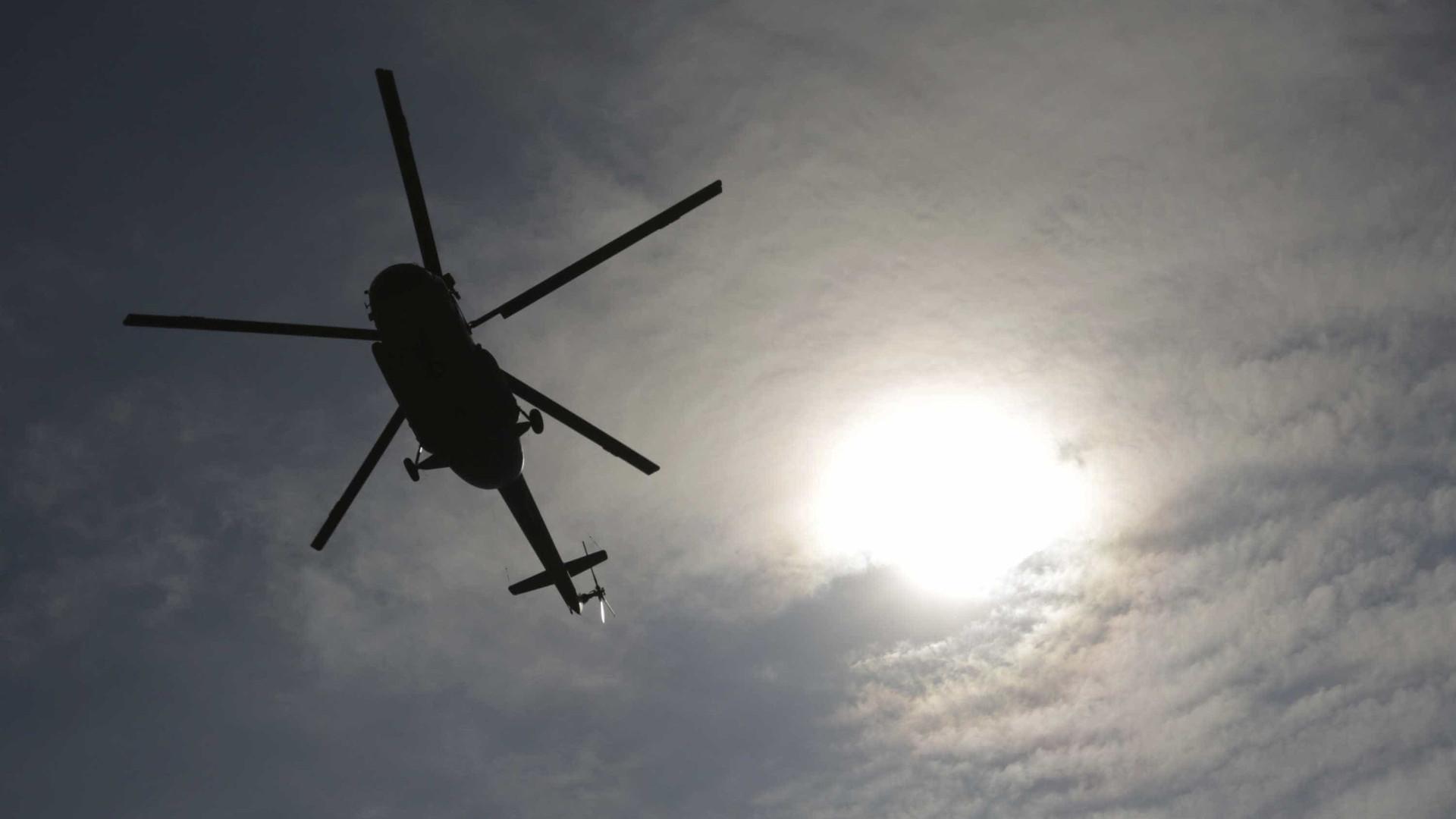 Helicóptero cai na Barra da Tijuca, Zona Oeste do Rio