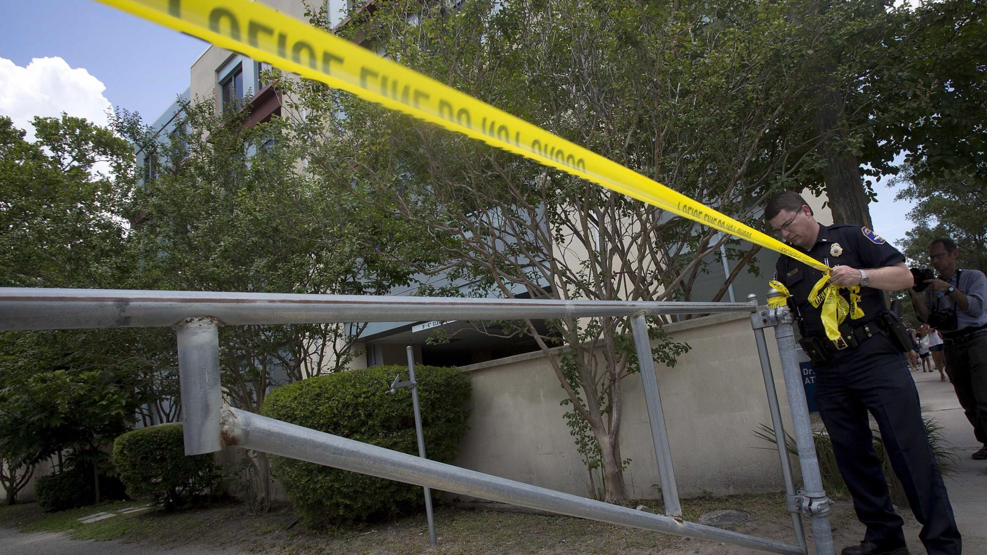 Tiroteio próximo a estádio de futebol deixa feridos na Flórida