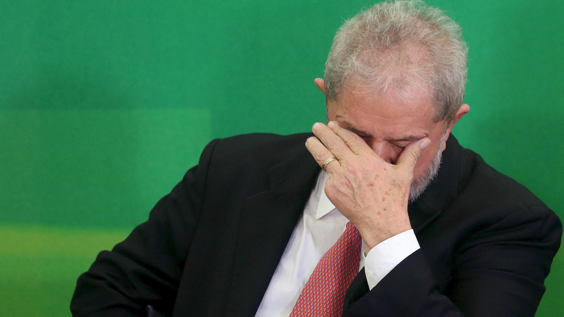 Moro manda bloquear R$ 606 mil de Lula