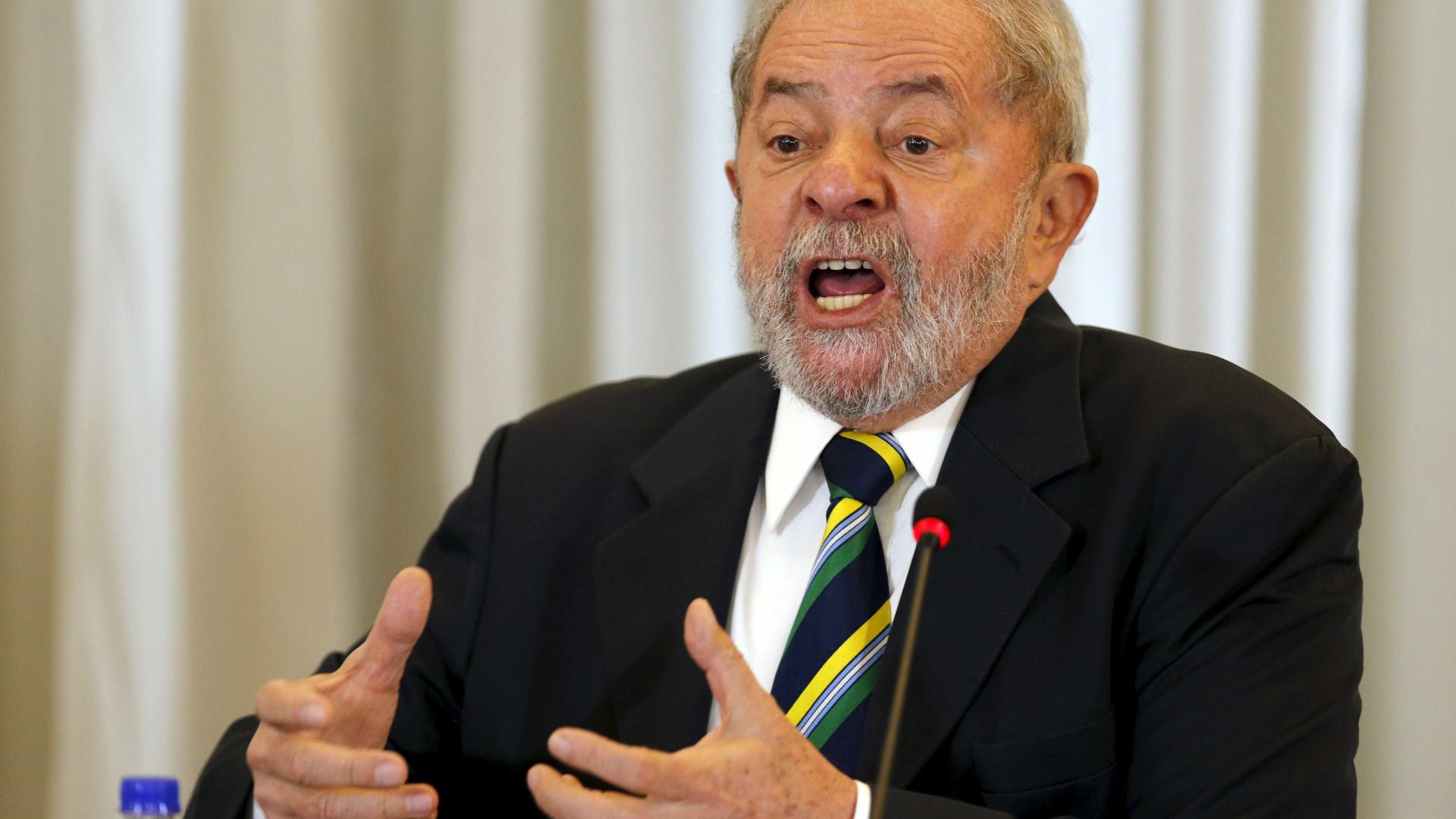 PF desconfiou de R$ 75 mil a mais em compra do sítio de Atibaia