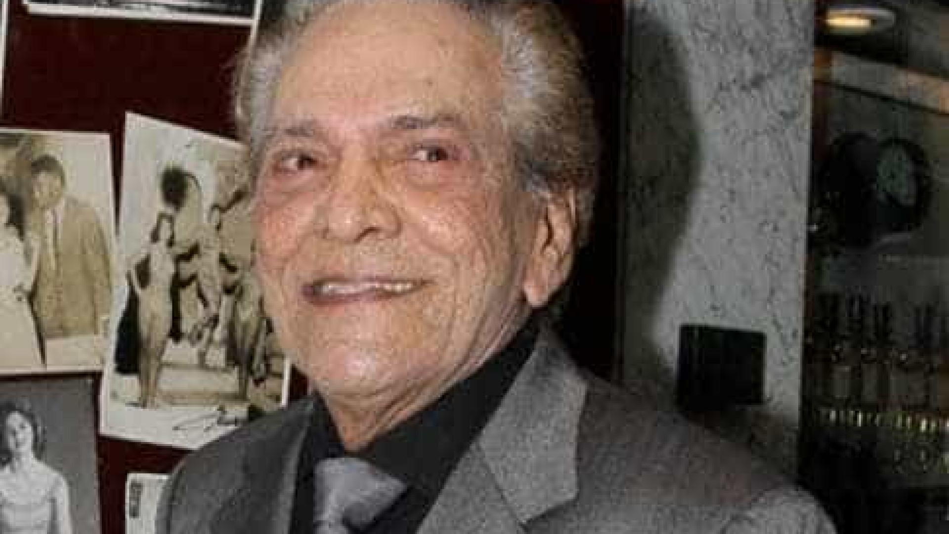 Aos 90 anos, Lúcio Mauro é internado no Rio de Janeiro