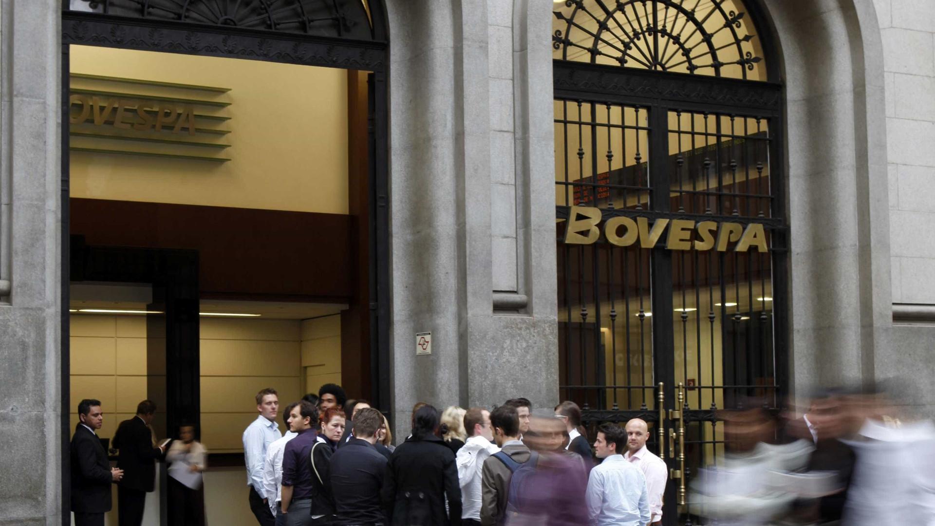 Bolsa tem recorde de negociações e sobe 4% após 1º turno