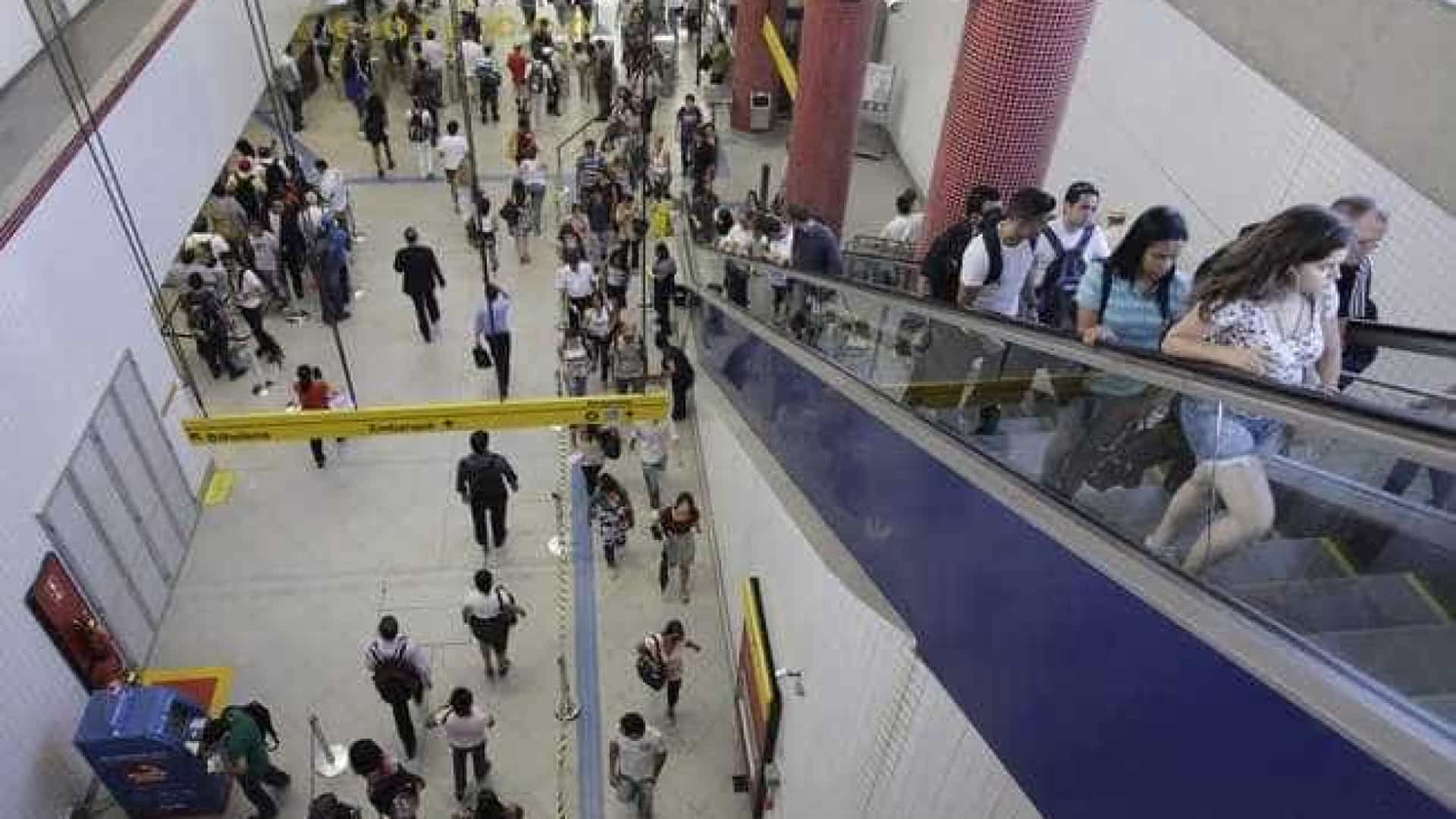 Metrô de São Paulo vai reintegrar funcionários demitidos durante greve