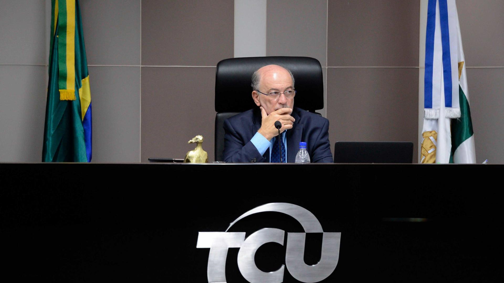 Procuradoria denuncia ministro do TCU por tráfico de influência