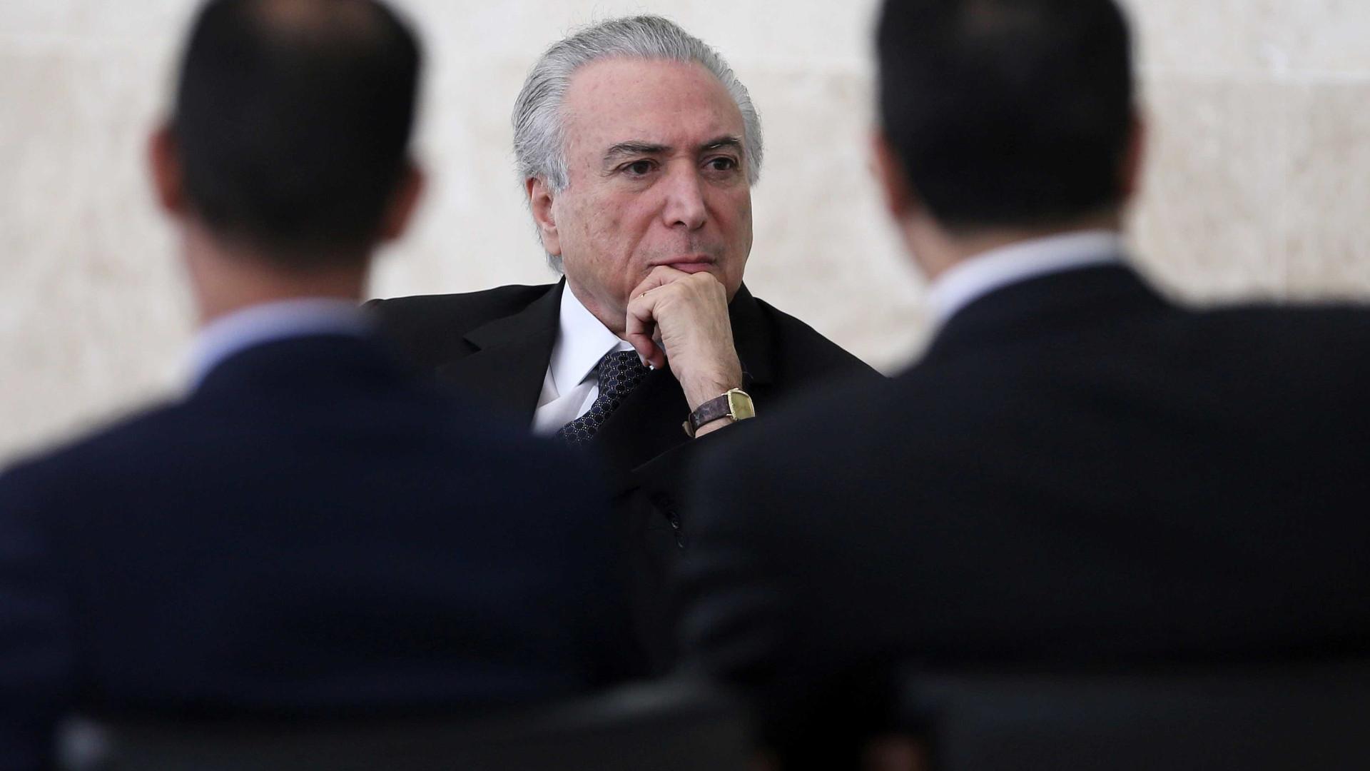 Pré-votação de denúncia, governo libera mais R$ 800 milhões em emendas
