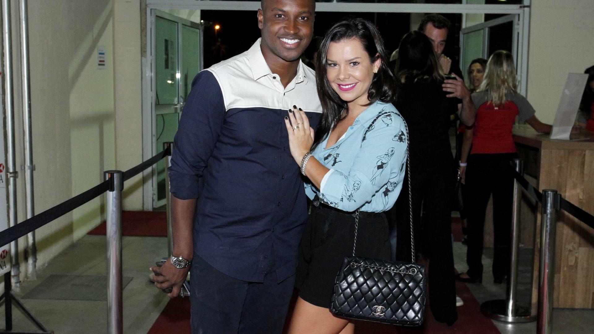 Fê Souza e Thiaguinho revelam detalhes da relação: 'Sou mais ciumento'